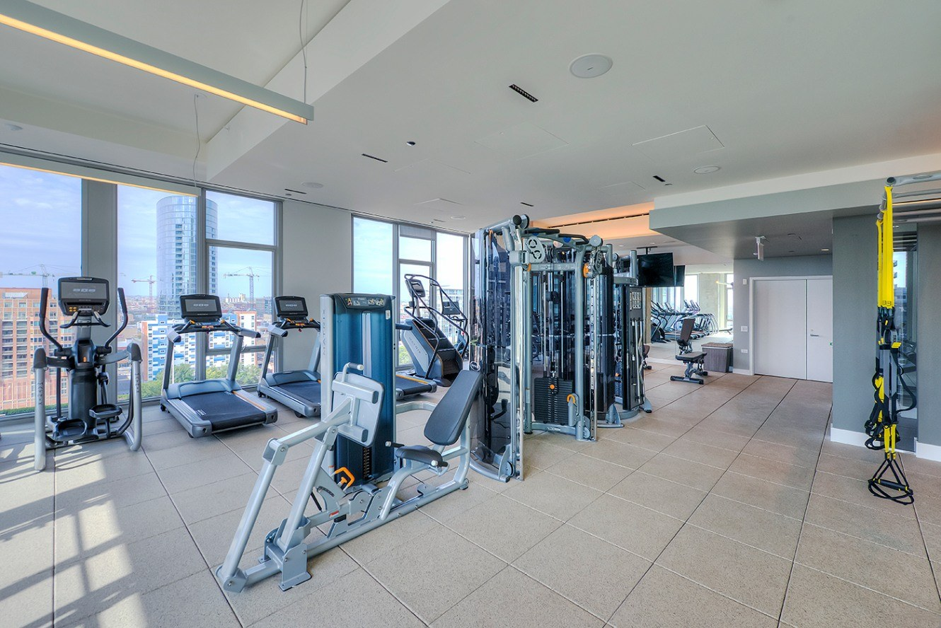 West Loop Apartment Luxury Living - Emme Fitness Center