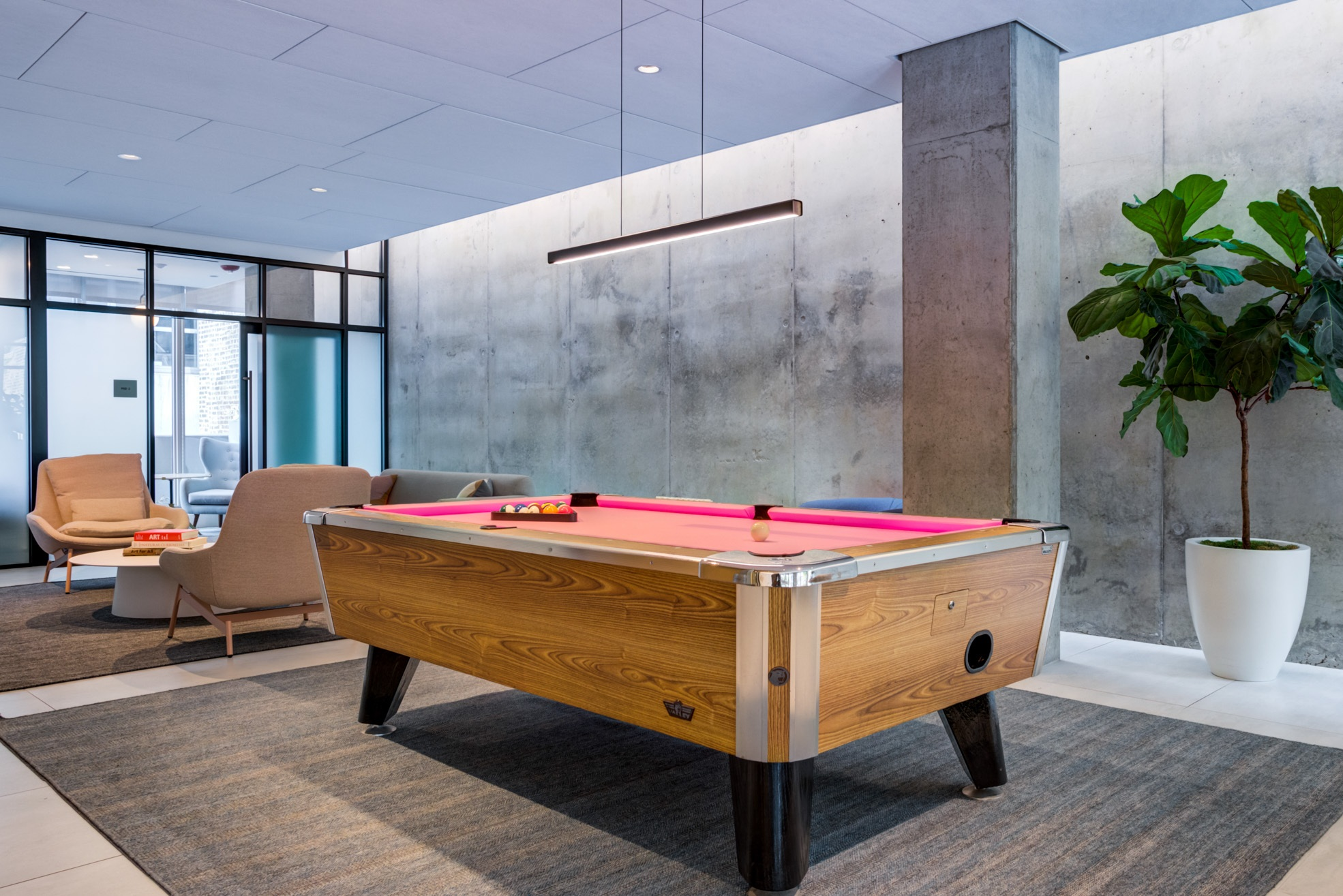 West Loop Apartment Luxury Living - Emme Pool Table Game Room